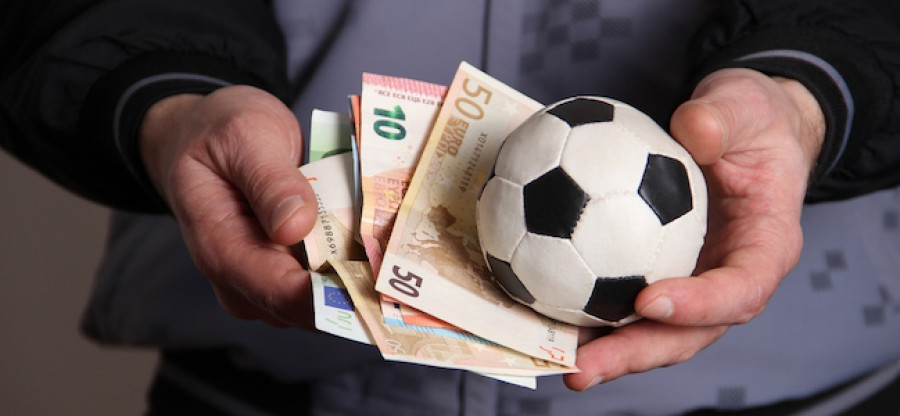 Betting on Football: Few Techniques to Predict the Winner